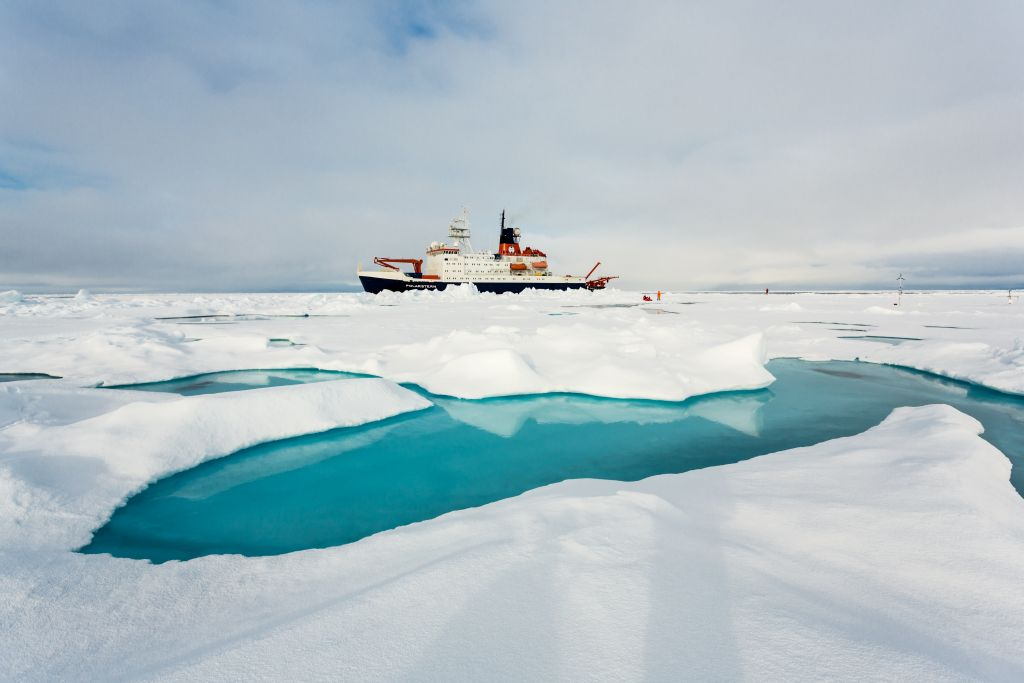 The Alfred Wegener Institute's research vessel, Polarstern, on a mission in the central Arctic. - © /Alfred Wegener Institute