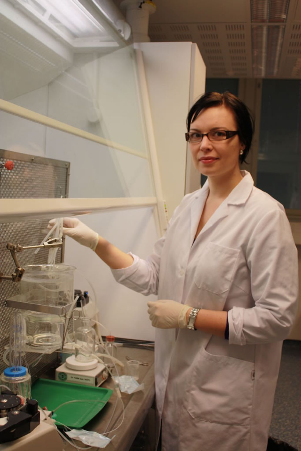 PhD student Maria Kummu working in the lab at the University of Oulu. - © University of Oulu