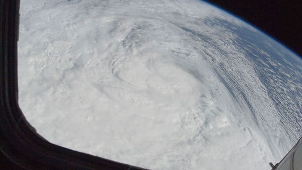 The exceptionaly large size of Superstorm Sandy as seen from space - © NASA