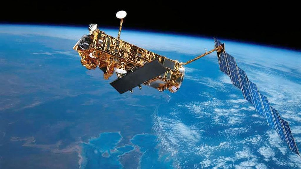 Envisat, ESA's satellite for environmental monitoring - © ESA