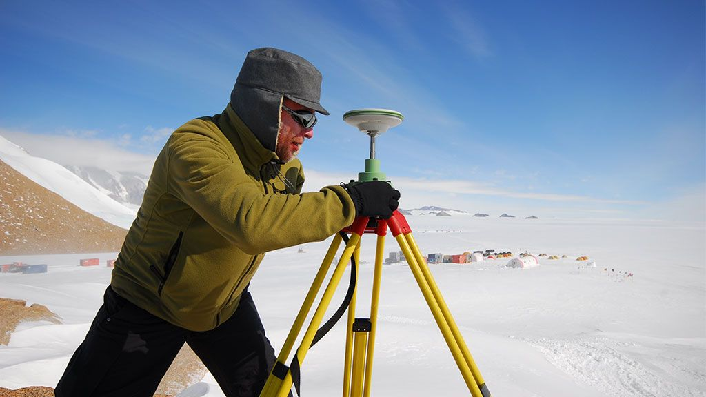 Frank Pattyn taking measurements in the field - © International Polar Foundation - René Robert