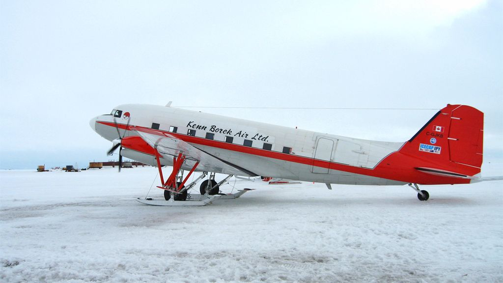 Basler aircraft used in the airborne campaign of the ICECAP project - © Martin Siegert