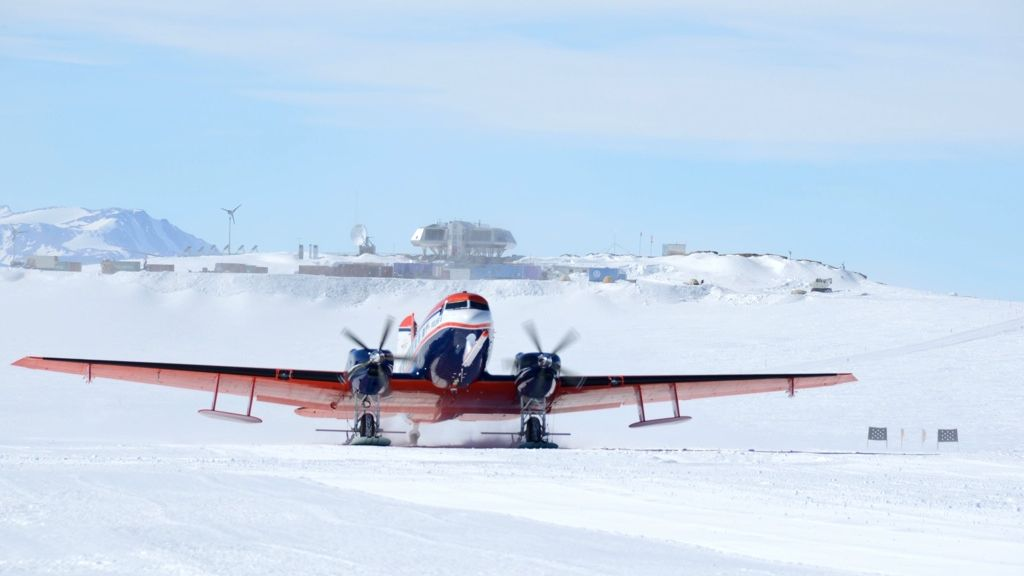 AWI's Polar 6 aircraft takes off from the Princess Elisabeth Antarctica research station