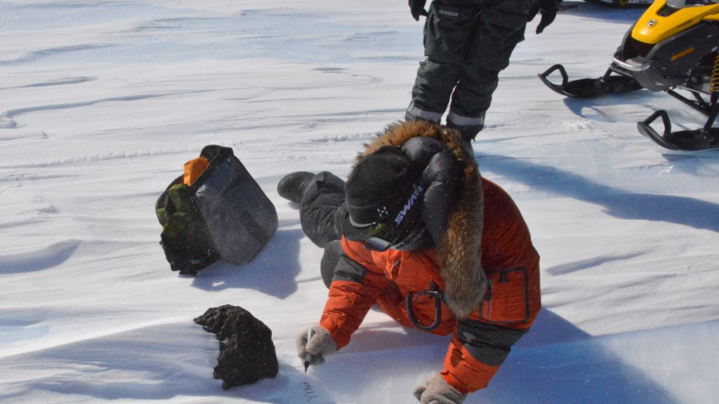 Scientists discover 18kg meteorite in East Antarctica