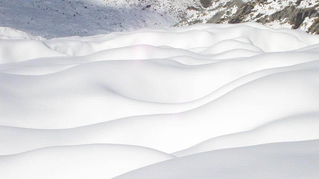 Snow dunes on a glacier surface - © Heiko Goelzer